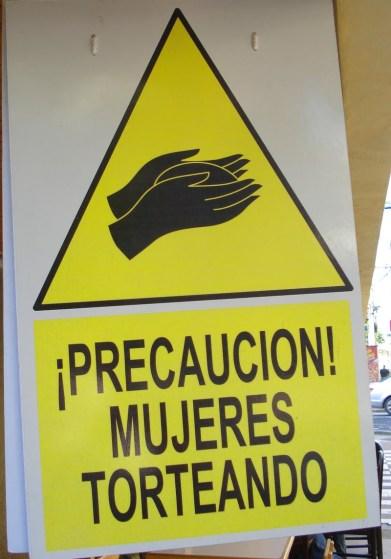 https://contramachismo.files.wordpress.com/2010/11/guateokt2010136.jpg?w=209